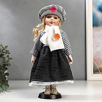 Кукла коллекционная керамика 'Блондинка с кудрями, наряд в полоску и берете' 30 см