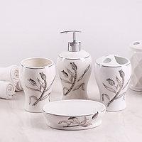 Набор аксессуаров для ванной комнаты 'Тюльпан', 4 предмета (дозатор 450 мл, мыльница, 2 стакана), цвет белый