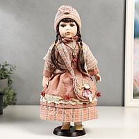 Кукла коллекционная керамика 'Кристина в розовом платье и полосатом джемпере' 40 см