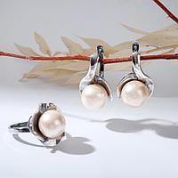 Гарнитур посеребрение 2 предмета серьги, кольцо, кувшинка 'Майорка', 19 размер