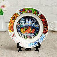 Тарелка декоративная 'Палехская миниатюра. Тройка лошадей', настенная, d20 см, ручная работа