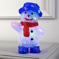 Фигура акрил. 'Снеговик в синей шляпе' 20х13х8 см, ААx2 (не в компл.), RGB