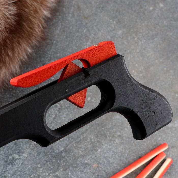Сувенирное деревянное оружие 'Пистолет-Арбалет', 50х30 см, массив бука - фото 7