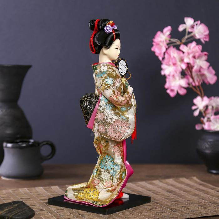 Кукла коллекционная 'Гейша в шелковом кимоно с барабаном' - фото 3