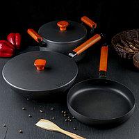 Набор посуды из чугуна 'Брис', 3 предмета кастрюля 5 л, вок 30 см, сковорода 26x4 см