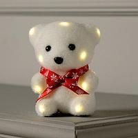 Фигура световая 'Медведь в бабочке', 13 LED, 12х9х8 см, фиксинг, от батар., Т/БЕЛЫЙ