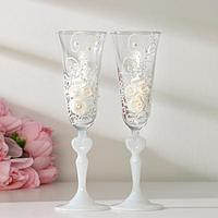 Набор свадебных бокалов 'Розы', с лепниной и бисером, белый