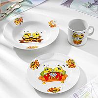 Набор посуды 'Пчёлы', 3 предмета кружка 200 мл, тарелка глубокая 230 мл, d20 см, тарелка мелкая d17 см