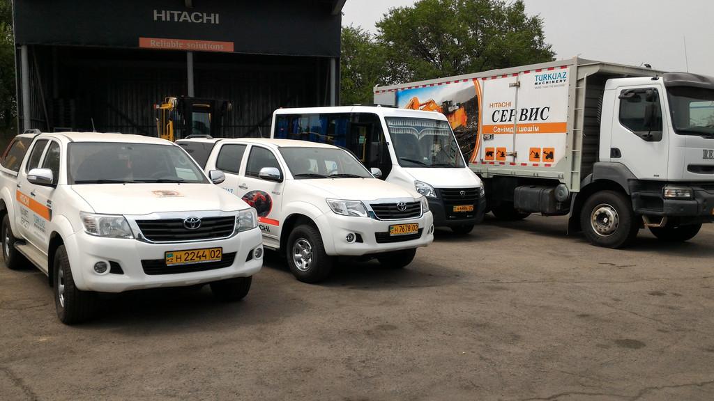 Брендирование корпоративного автотранспорта компании Turkuaz Machinery