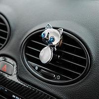 Украшение в дефлектор автомобиля 'Кошечка'