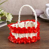 Корзина декоративная 'Сердце с красными рюшами' 10,5х9х8 см
