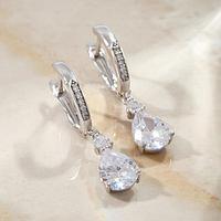 Серьги со стразами 'Мини' классика с кольцом, цвет белый в серебре
