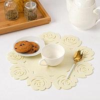 Салфетка декоративная Доляна'Цветы' цвет молочный,d 30 см, 100 п/э, фетр