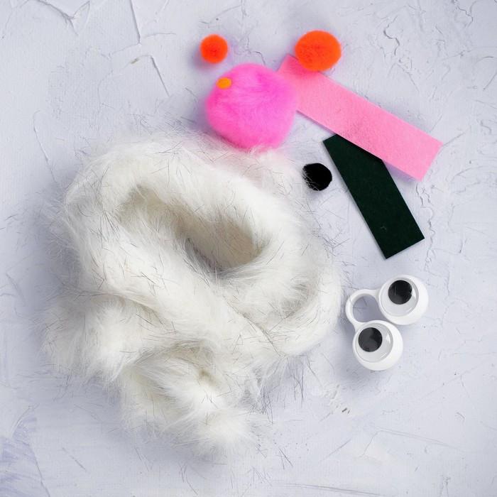 Набор для создания игрушки 'Зая с морковкой' из меховых палочек - фото 3