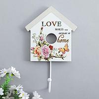 Крючок декоративный дерево домик 'Цветы, бабочка и надписи' 22,5х13,8х4,5 см