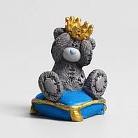 Сувенир полистоун 'Медвежонок Me to you на подушке - Маленький принц' 4,5 см