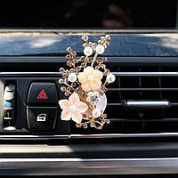 Украшение в дефлектор автомобиля 'Сакура'