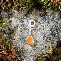 Брелок-талисман 'Загребушка', натуральный янтарь, посеребрение