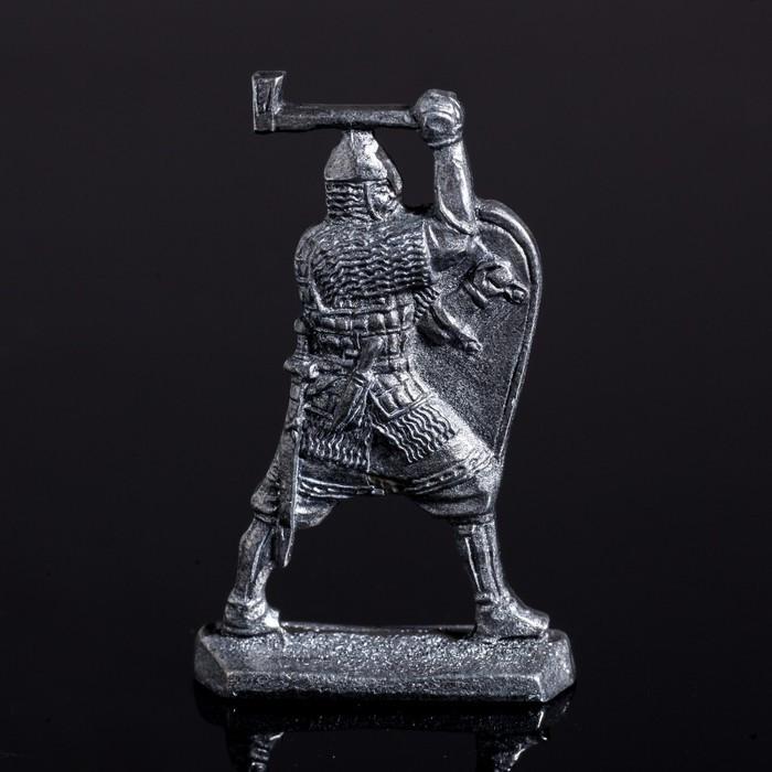 Оловянный солдатик 'Ратник с топором' - фото 1