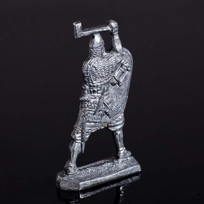 Оловянный солдатик 'Ратник с топором' - фото 2