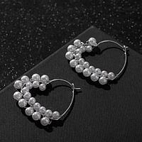 Серьги-кольца 'Карелия' сердечки с бусинами, цвет белый в серебре, d3.8