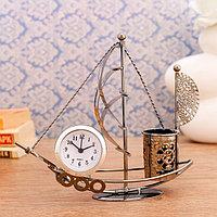 Часы настольные 'Стаксель', 18.5х17.5 см, циферблат d-4.5 см., 1 AG13, микс