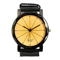 Часы наручные женские 'Молини', циферблат d3.3 см, черные