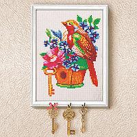 Вышивка крестиком на ключнице 'Птичка', 21 х 15 см
