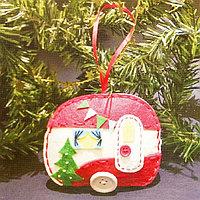 Набор для создания подвесной ёлочной игрушки из фетра 'Машина на колёсах'
