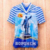 Магнит в форме футболки 'Воронеж. Пётр I'