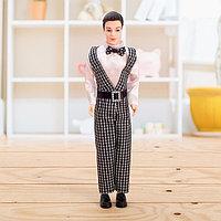 Кукла-модель 'Александр' в костюме