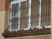 Металлические решетки на окна , установка. Алматы.