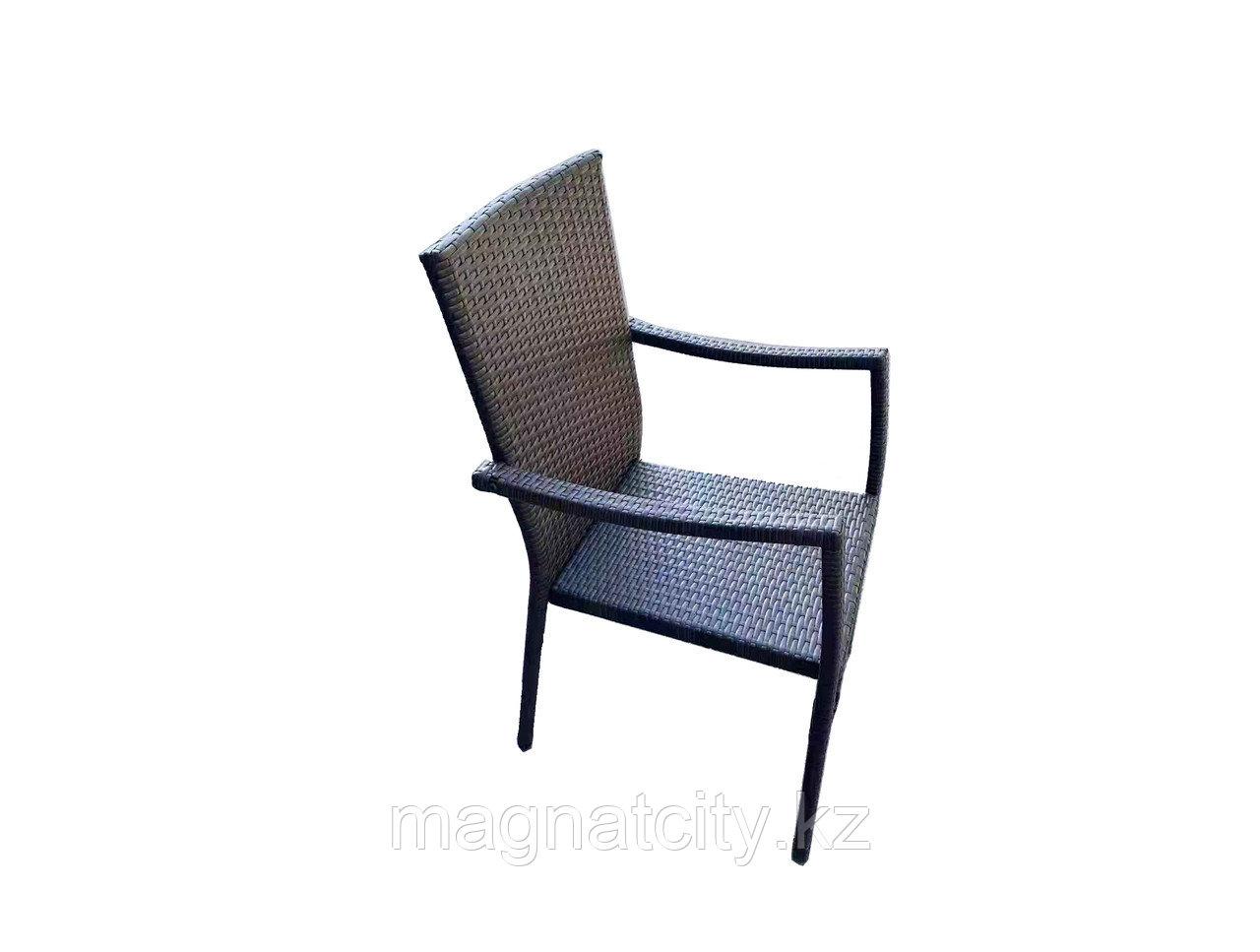 Стул плетенный AW-001 коричневый с подушками