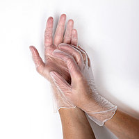 Перчатки A.D.M. виниловые, одноразовые, неопудренные, размер M, 100 шт/уп, 10 г