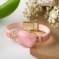 Браслет 'На магните' большой камень, цвет розовый в золоте, 19,5 см