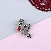 Адаптер для швейных машин, с кнопкой