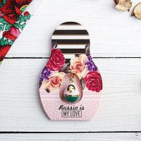 Подвеска-матрёшка на открытке Russia is my love