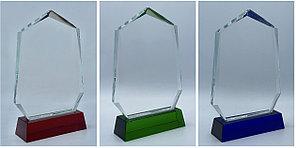 Награда стеклянная,размер - 178х135х18мм