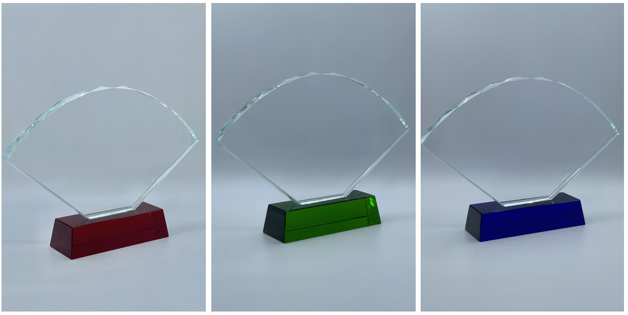 """Награда стеклянная """"Веер"""", размер - 225*128*18мм"""