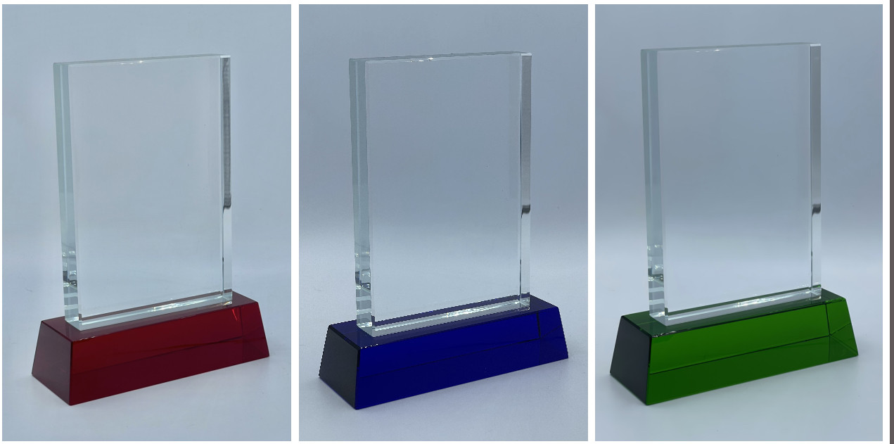 Награды из стекла, размер - 13х9см