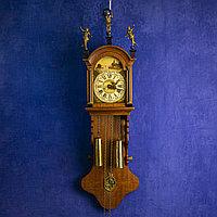 Настенные голландские часы с живописным пейзажем Голландия. Середина ХХ века Дерево, бронза, латунь.