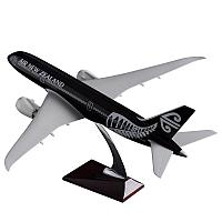 Модель самолета Boeing 787-8 Dreamliner в ливрее Air New Zealand, масштаб 1/130