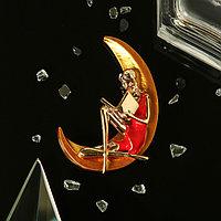Брошь 'Девушка на Луне', цвет красно-жёлтый в золоте