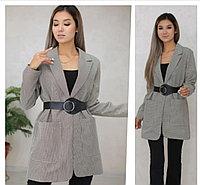 Женский удлиненный пиджак с ремнем