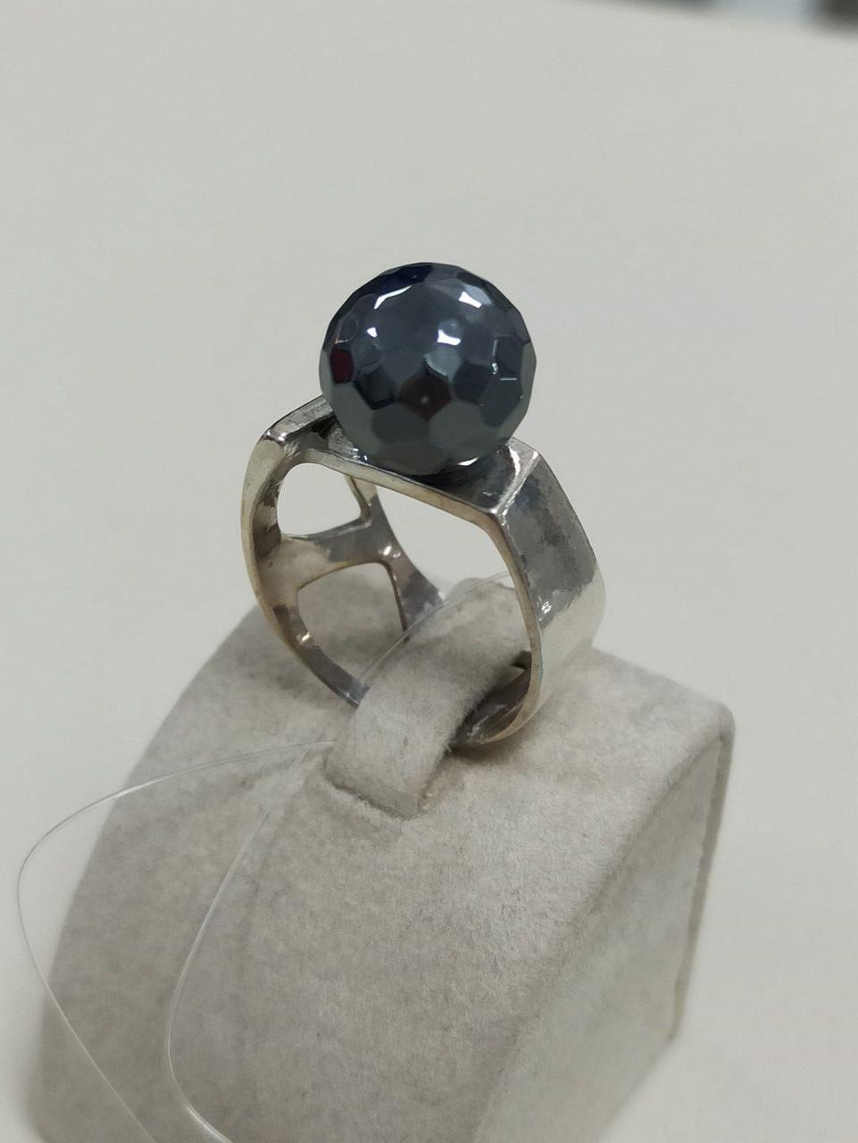 Кольцо серебро  размер кольца 17,5.