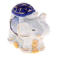 Нэцкэ керамика 'Слон с черепахой' голубой h9,5х10 см
