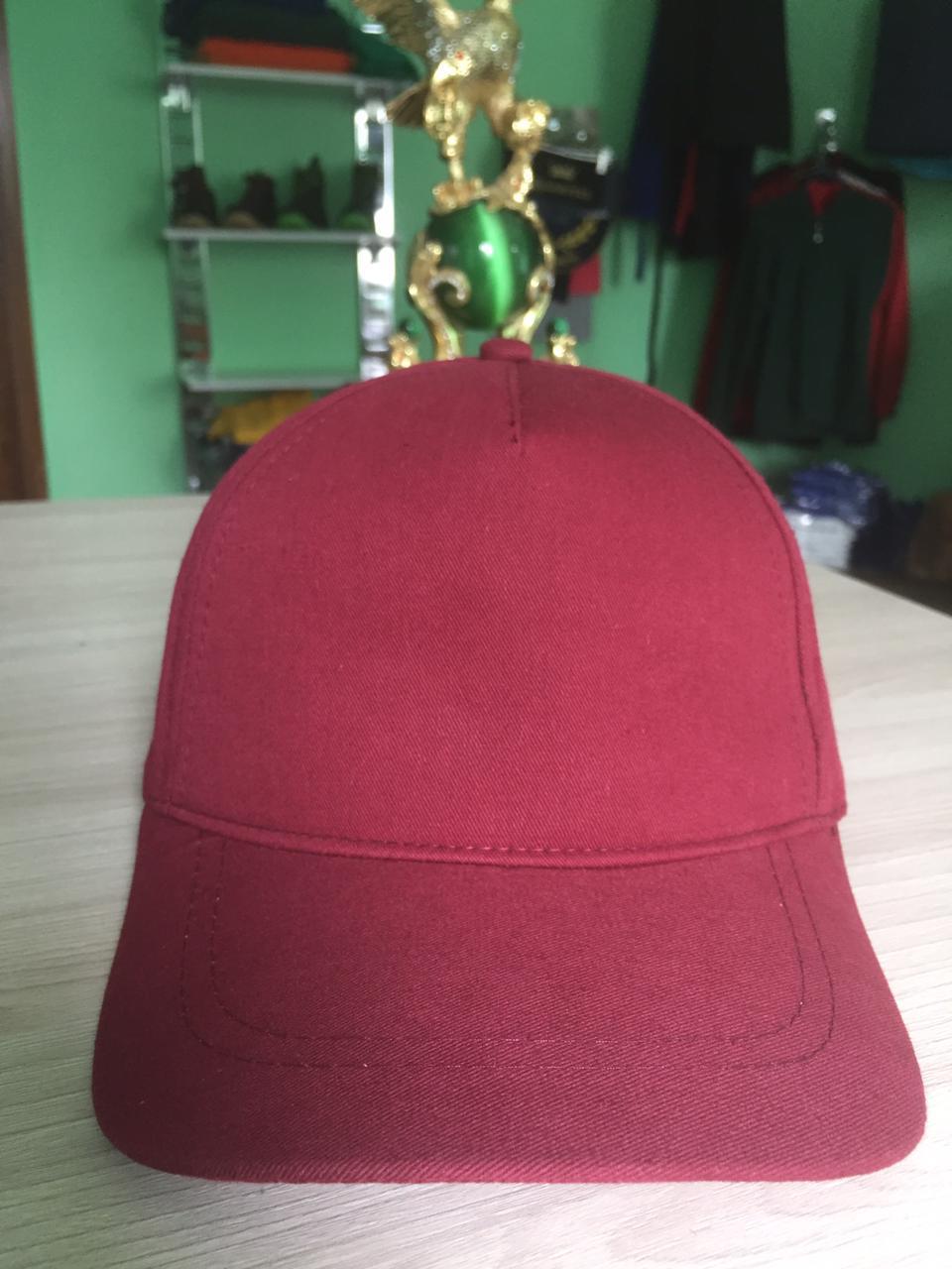 Бордовые кепки | однотонные кепки | кепки бордовые |