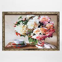 Гобеленовая картина 'Пионы в вазе ' 44*64 см рамка МИКС