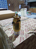 Клапан  предохранительный запасная часть к компрессору ПКСД/ПКС