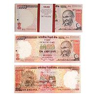 Пачка купюр 1000 индийских рупий